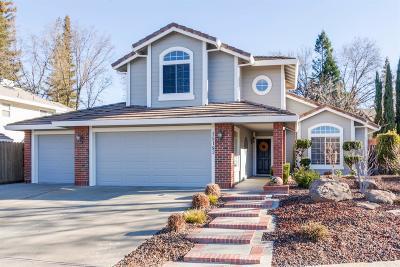 Rancho Murieta Single Family Home For Sale: 15183 Celebrar