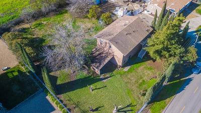 Single Family Home For Sale: 718 West Tyler Island Bridge Road