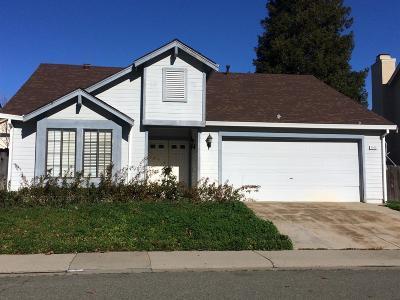 Elk Grove Single Family Home Active Short Sale: 9000 Bramblewood Way