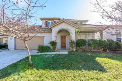 Elk Grove CA Single Family Home For Sale: $479,000