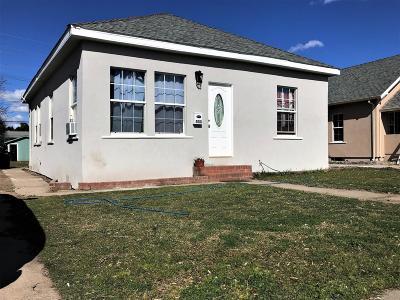 Lodi Single Family Home For Sale: 533 East Locust Street