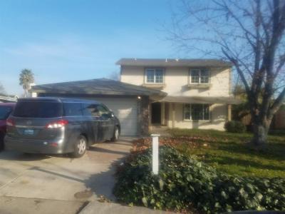 Sacramento Single Family Home For Sale: 7443 Prosperity Court