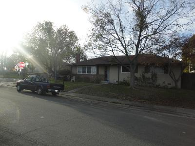 Sacramento Single Family Home Active Short Cont.: 7216 Cromwell Way