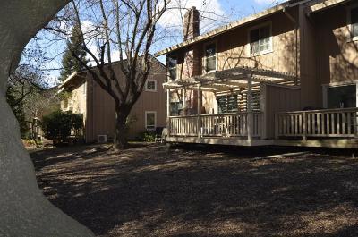 Citrus Heights Condo For Sale: 6814 Castillo Court