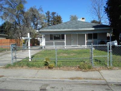 Sacramento Single Family Home For Sale: 3713 45th Avenue