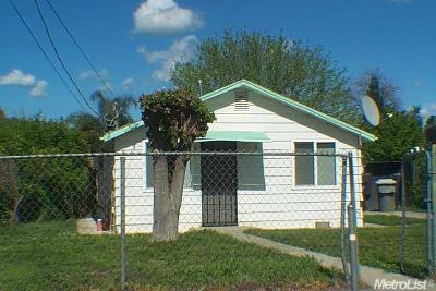 Sacramento Single Family Home For Sale: 557 Morey Avenue
