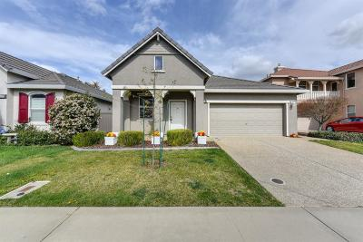 Rancho Cordova Single Family Home For Sale: 11787 Battenburg Way