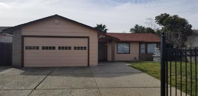 Single Family Home For Sale: 4150 Shining Star Dr