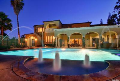 Sacramento Single Family Home For Sale: 440 Bret Harte Road