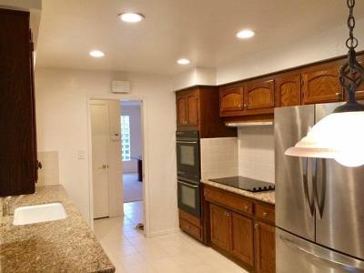Sacramento Single Family Home For Sale: 6378 Driftwood Street