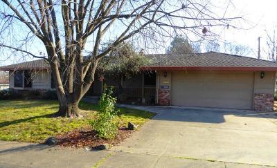 Carmichael Single Family Home For Sale: 5650 Valhalla Drive