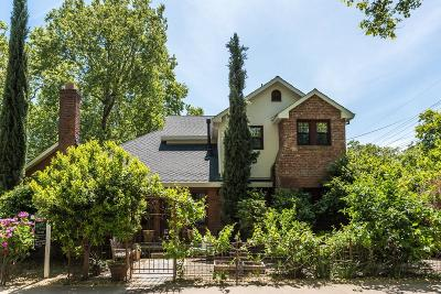 Single Family Home For Sale: 1600 Berkeley Way