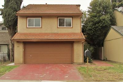 Single Family Home For Sale: 121 Ishi Circle