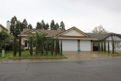 Single Family Home For Sale: 8947 Giant Panda Drive