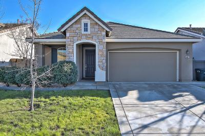 Single Family Home Active Rel. Clause: 6087 Meeks Way