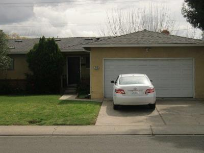 Stockton CA Single Family Home For Sale: $290,000