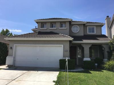 Sacramento Single Family Home For Sale: 4229 Windsong Street