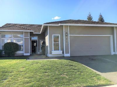 Davis Single Family Home For Sale: 813 Zaragoza Street