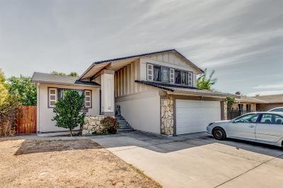 Sacramento CA Single Family Home For Sale: $315,000