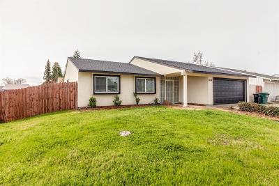 Sacramento CA Single Family Home For Sale: $312,000