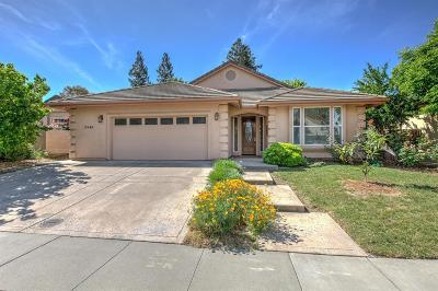 Davis Single Family Home For Sale: 3546 Mono Place