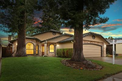 Woodbridge Single Family Home For Sale: 477 Kirst Drive