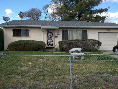 Sacramento Single Family Home For Sale: 1441 69th Avenue