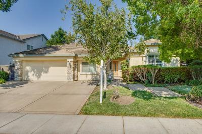 Single Family Home For Sale: 5107 Fredericksburg Way