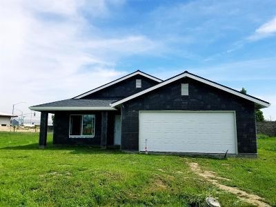 Stockton Single Family Home For Sale: 152 Visalia Court