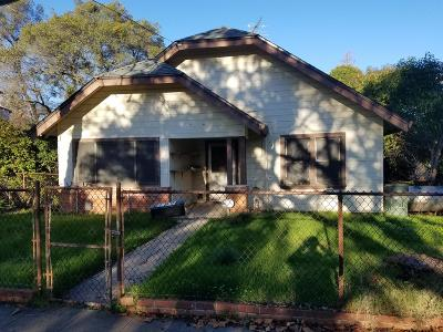 Auburn Single Family Home For Sale: 189 College Way