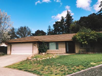 Elk Grove Single Family Home For Sale: 8725 Tipton Court