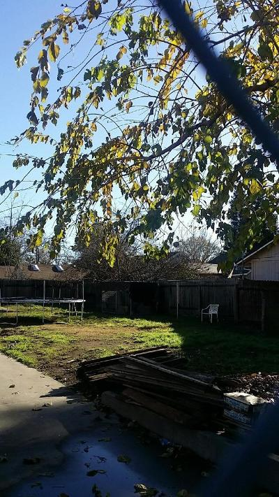 Sacramento Residential Lots & Land For Sale: 2590 American Avenue