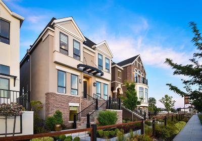 Sacramento Single Family Home For Sale: 3409 Crocker Drive
