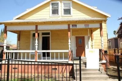 Merced Multi Family Home For Sale: 231 West 20th Street