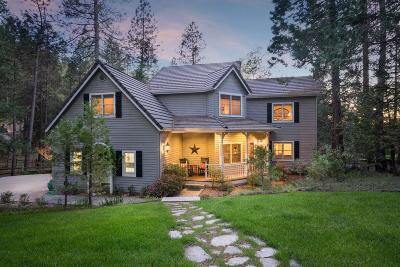 Single Family Home For Sale: 7010 Flat Creek Drive