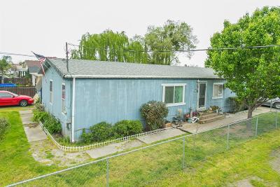 Single Family Home For Sale: 5038 East Weber Avenue