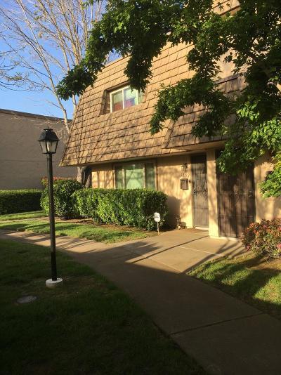 Sacramento Condo For Sale: 3282 Via Grande