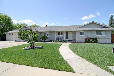 Riverbank Single Family Home For Sale: 6449 Estelle Avenue