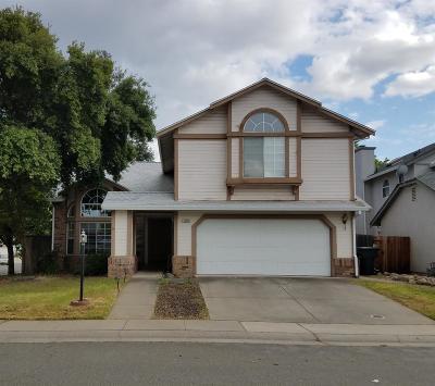Roseville Single Family Home For Sale: 1229 Chenin Blanc Circle