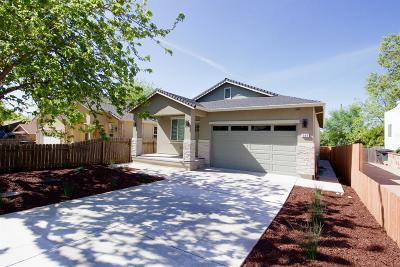 Roseville Single Family Home For Sale: 509 Encinal Avenue