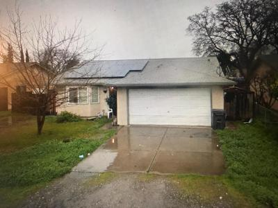 Single Family Home For Sale: 920 Hinkley Avenue