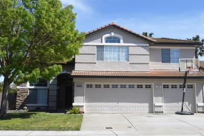 Stockton Single Family Home For Sale: 2414 Dune Place