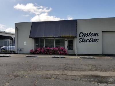 Lodi Commercial For Sale: 482 East Kettleman Lane