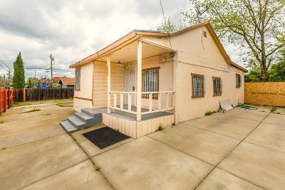 Sacramento Single Family Home For Sale: 4991 42nd Street