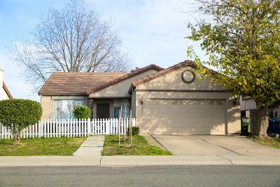 Sacramento County Single Family Home For Sale: 7759 18th Street