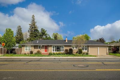 Single Family Home For Sale: 339 North Lincoln Way