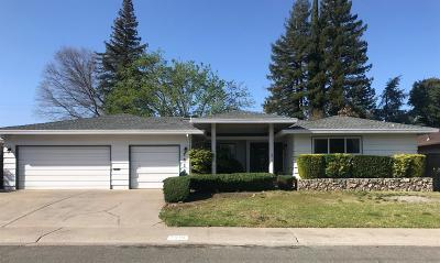 Carmichael Single Family Home For Sale: 7019 Los Olivos Way
