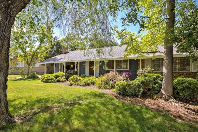 Sacramento Single Family Home For Sale: 1807 Devonshire Road