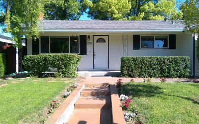 Sacramento CA Single Family Home For Sale: $390,000