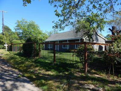 Sacramento Single Family Home For Sale: 4410 Coffee Lane